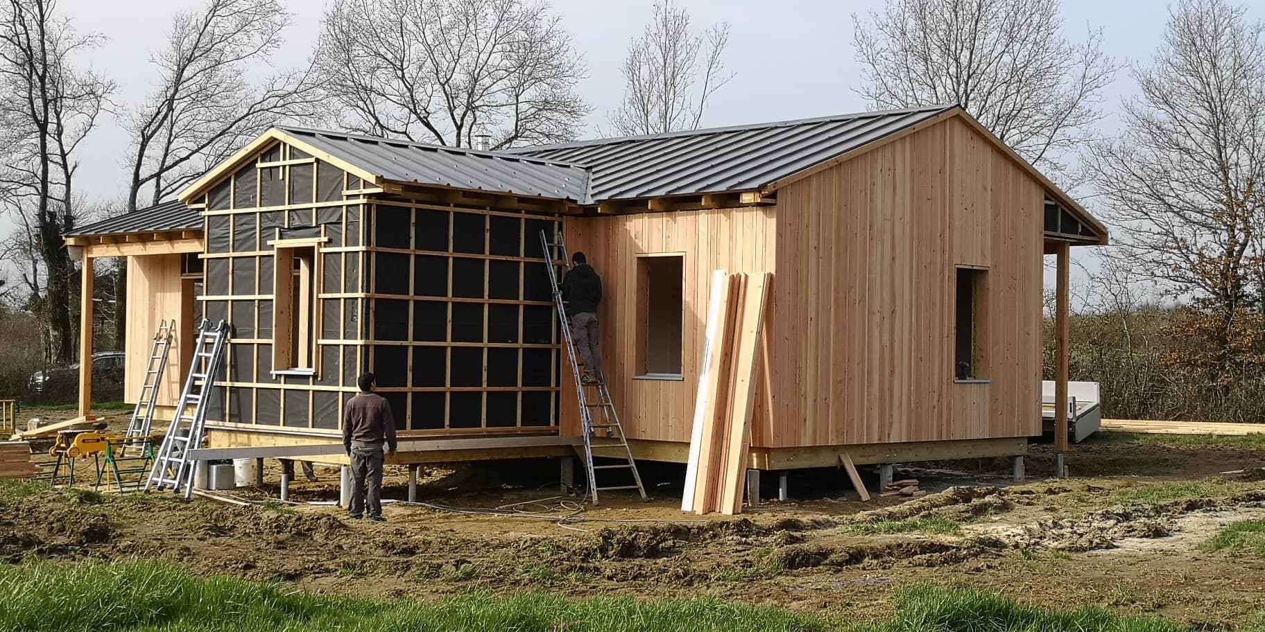 Maison bois sur pieux CHANTELOUP LES BOIS (49)